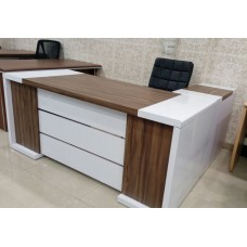 EXECUTIVE TABLE DF - 577